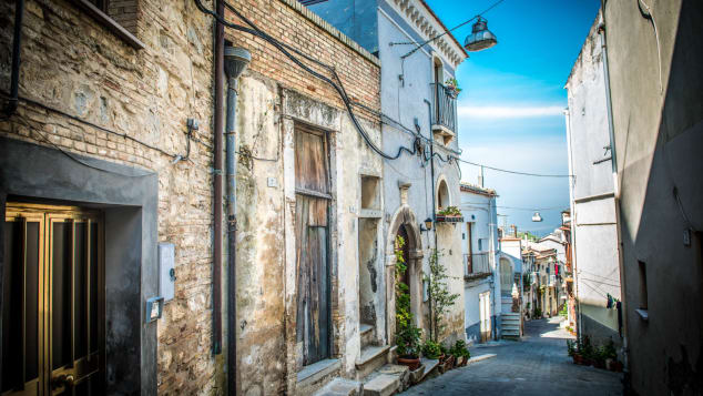 bicarri cheap houses-1