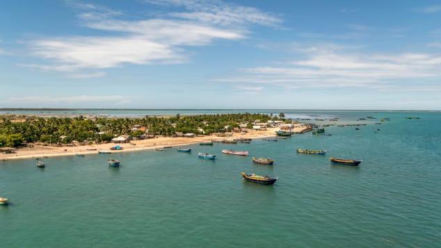 Pamban Island is between India and Sri Lanka.