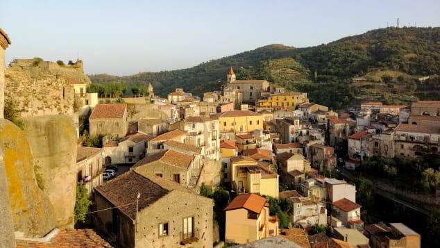 castiglioni dari Sisilia 4-7