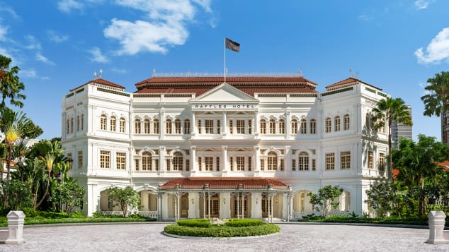 Raffles Singapore, hotel mewah yang megah, barubaru ini memperbarui suitenya
