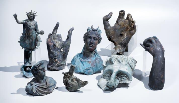 kapal karam patung romawi kuno