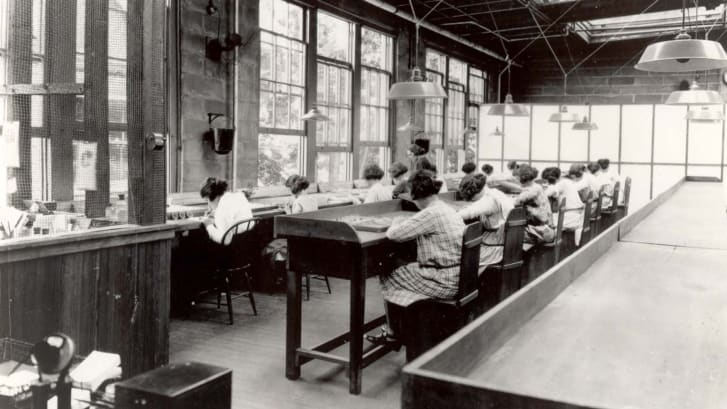 Radium Girls at work in a factory in 1922.