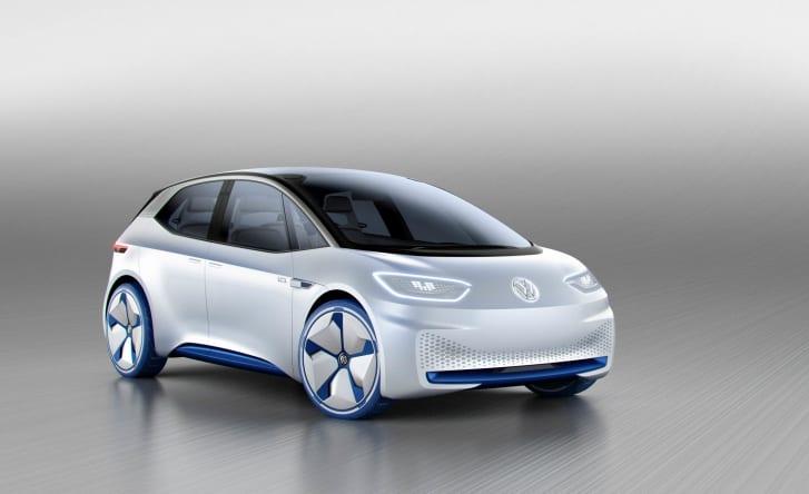 Первый пример-концепт Volkswagen I. D. его серийная версия, которая, как ожидается, дебютирует на публике в течение следующих 12 месяцев, имеет примерно такую же длину, как хэтчбек Golf компании, но предлагает такое же пространство кабины, как и более крупный седан Passat. Это станет все более распространенной чертой.