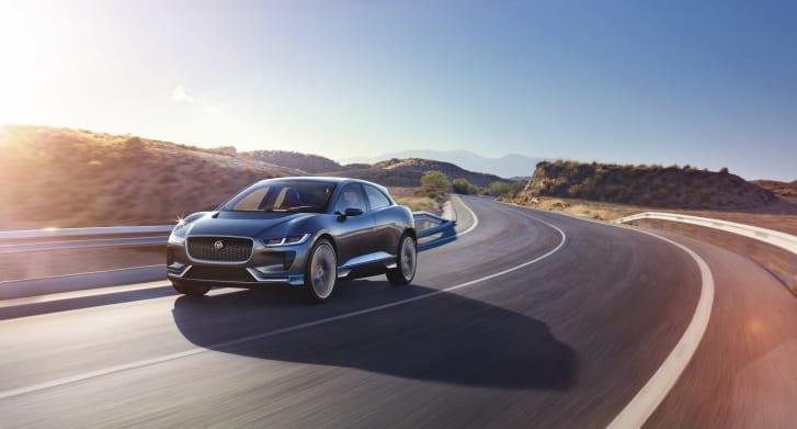 Jaguar I-Pace является ключевым автомобилем для старой британской марки, поскольку он пытается захватить экологическую высоту над своими хорошо зарекомендовавшими себя немецкими конкурентами.