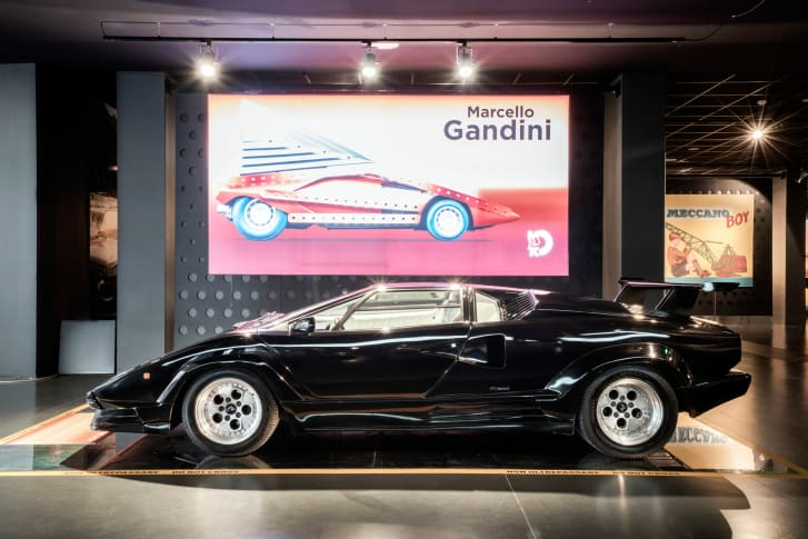 Lamborghini Countach auto-gid.com