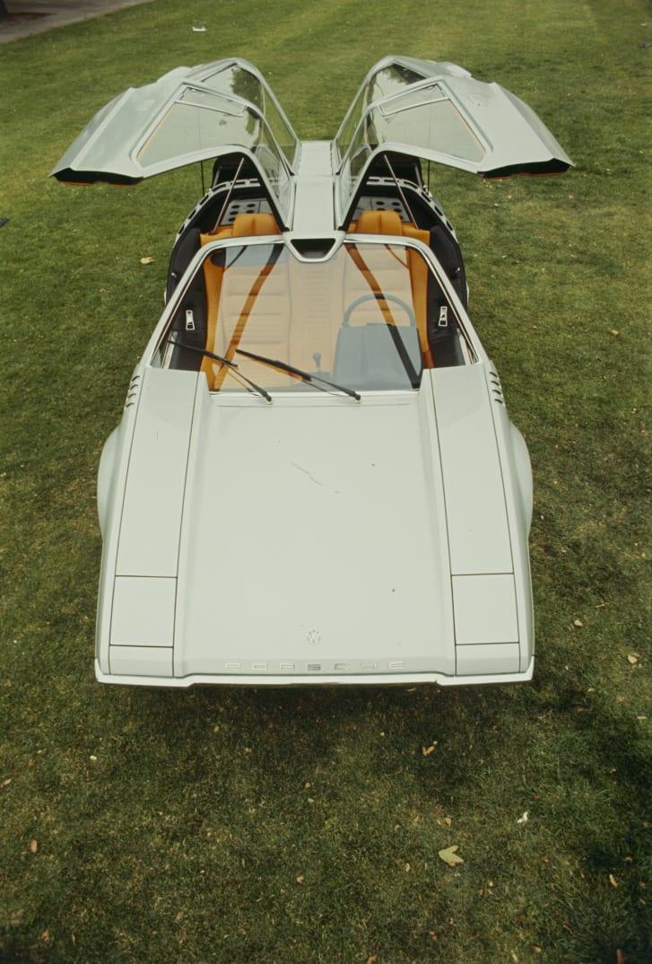 Giugiaro's 1970 Porsche Tapiro influenced the design of the DeLorean.