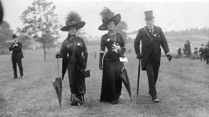 Attendees wear all black at to Royal Ascot in 1910, our of respect for the passing of King Edward VII.