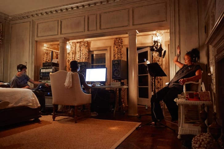 The musician works on her eighth album, Anti, in 2015, with Marcos Tovar and Kuk Harrell in Malibu, California.