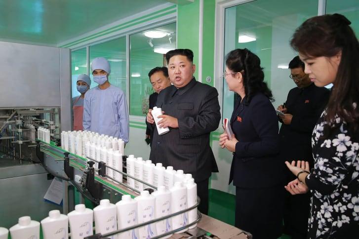 Kim Jong Un inspects the Pyongyang Cosmetics Factory in 2017.