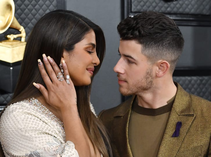 Priyanka Chopra wore #24 on one of her nails to commemorate Kobe Bryant.