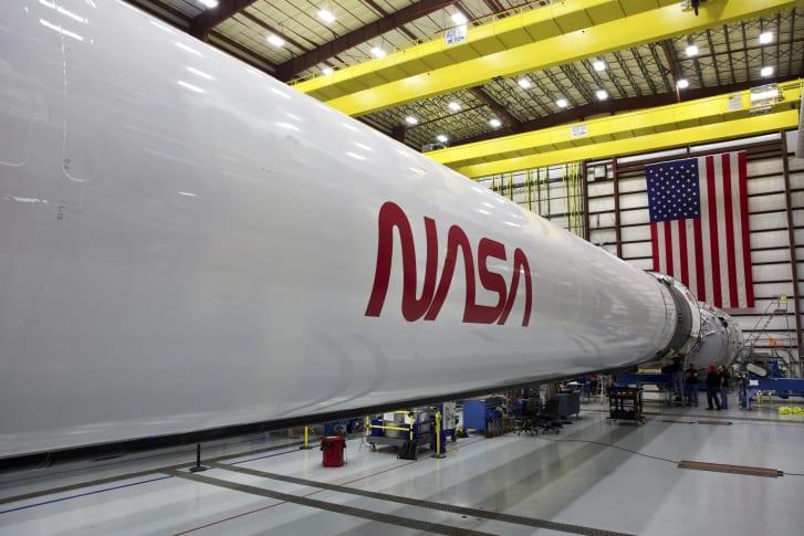 "NASA的""蠕虫""徽标"