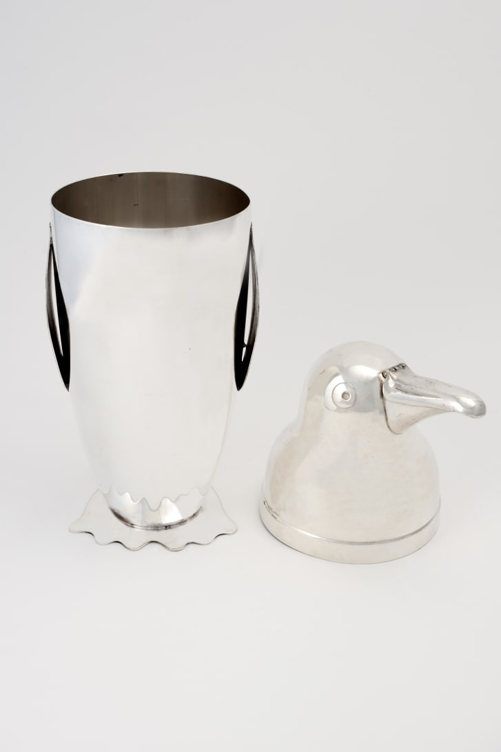 "This penguin-shaped cocktail shaker ""is rare to find and is in great condition,"" said auction curator Alan Bedwell."