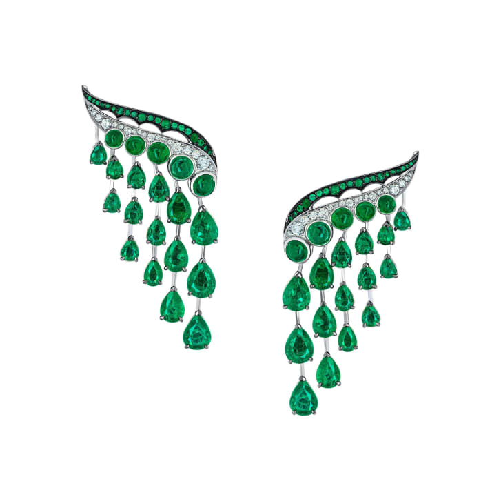 Emerald earrings from Vania Leles' Legends of Africa collection
