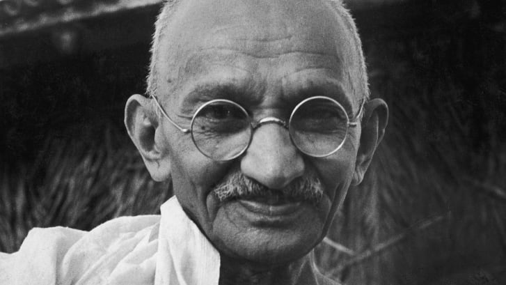 The auctioneer told CNN that the auction house had assessed the glasses' timeline, and believe they could have belonged to Gandhi.