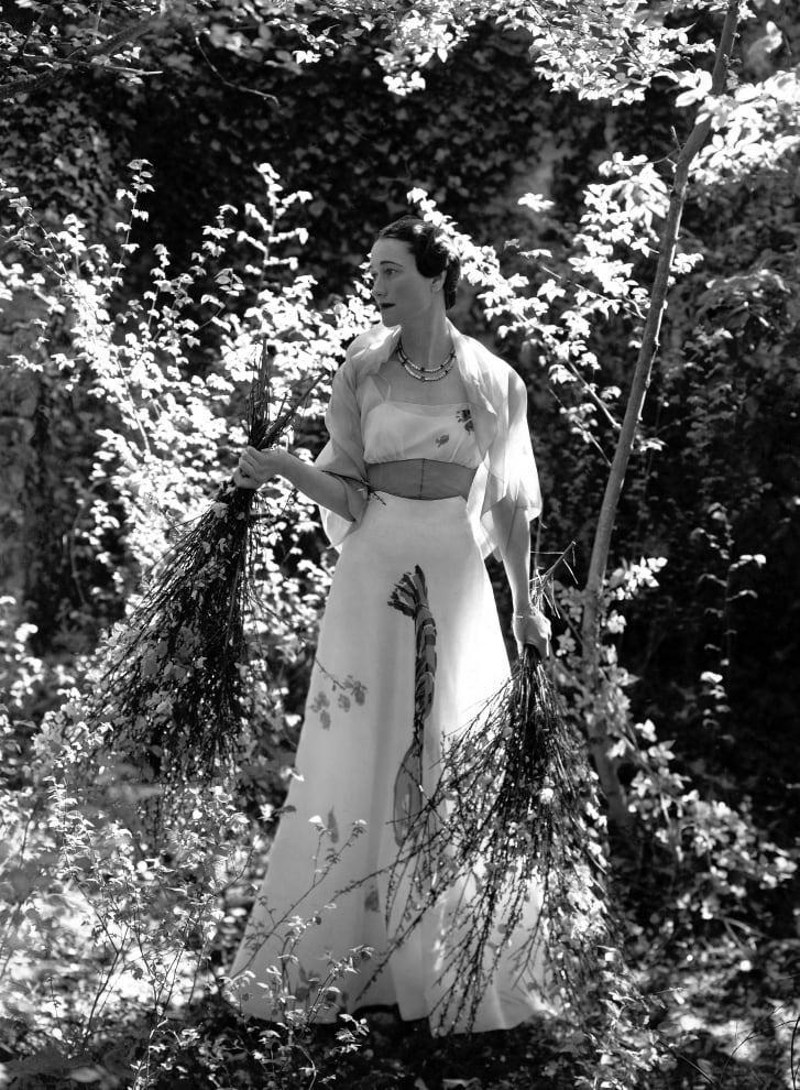 The Duchess of Windsor wearing a white Schiaparelli dress.