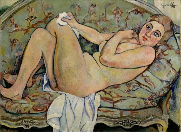 """Valadon's time as a model made her particularly intuitive in how to paint the body. Pictured: """"Reclining Nude,"""" 1928."""