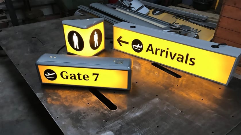 Want to Own a Baggage Carousel? Contents of Heathrow Terminal 1 Auctioned off