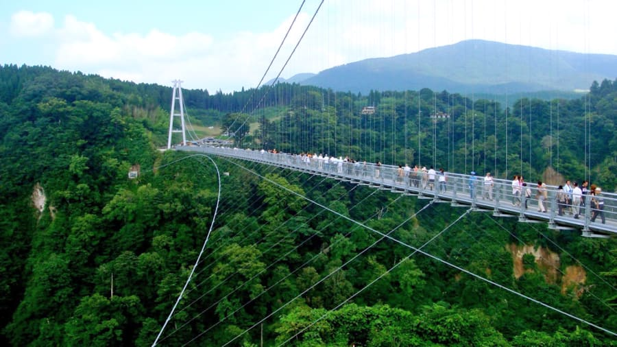 footbridge kokonoe yume bridge