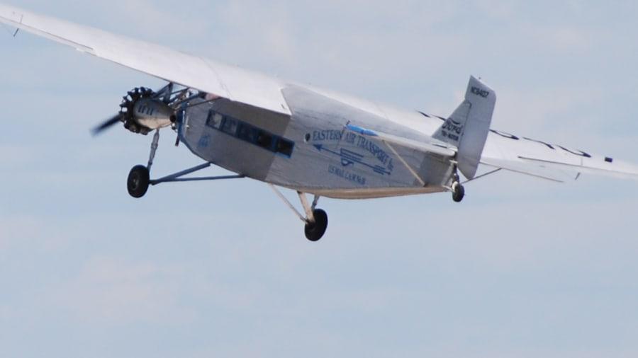 oshkosh ford tri-motor airliner exterior