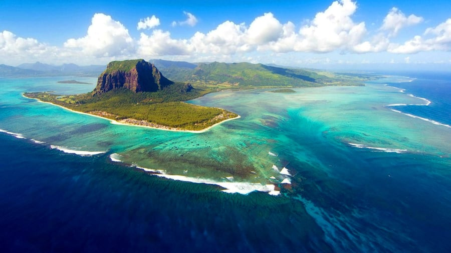 underwater waterfall and 13 other mauritius must sees cnn travel