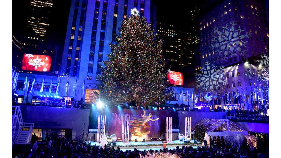 16 rockefeller christmas trees - How Many Lights Are On The Rockefeller Christmas Tree