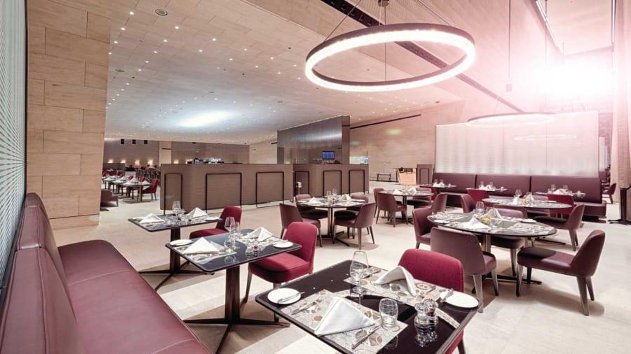 HIA-F-Class---AlSafwa_restaurant_panoramic_