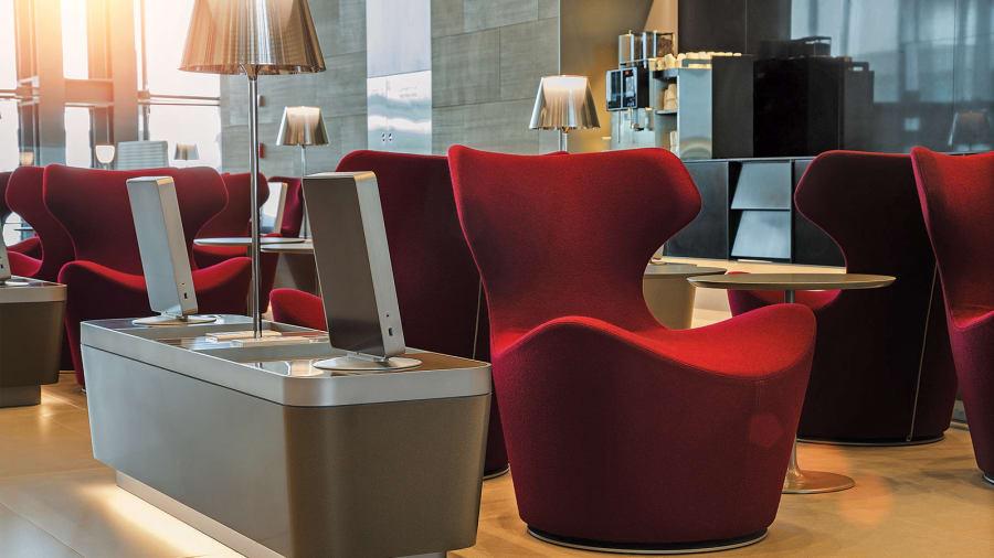 HIA-J-Class-AlMourjan_red_sofas