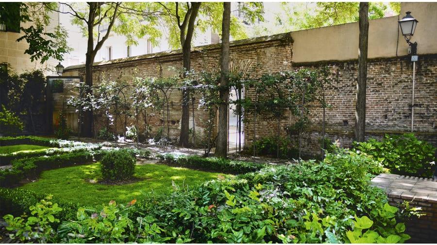 Best \'secret\' urban gardens around the world | CNN Travel