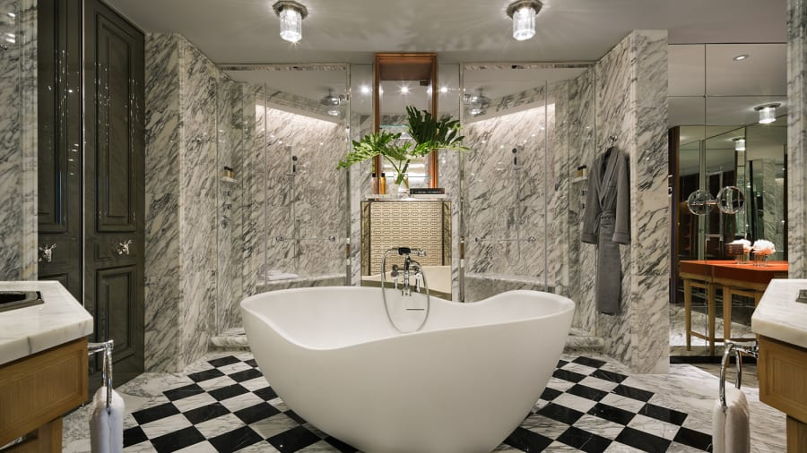 Hong Kong Rosewood_Suite Bathroom (Freestanding Bath And Dual Showers)