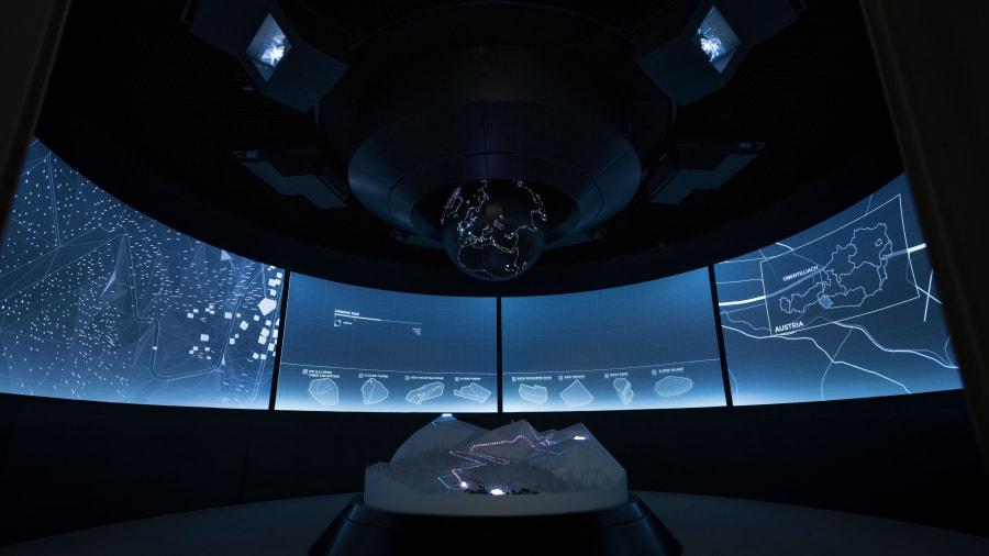 Bond Museum-Briefing-Room-2