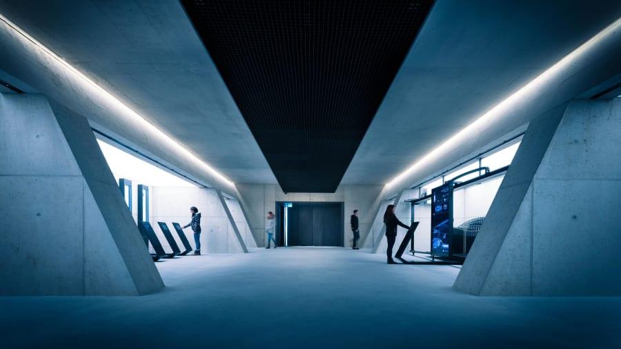 Bond Museum-Tech-Lab