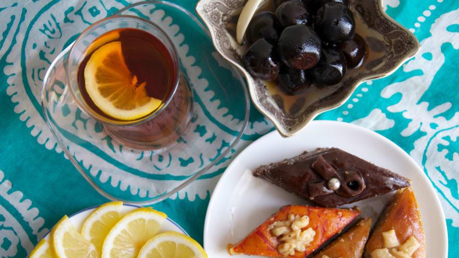 Azerbaijan-food-and-drink---tea---Kamilla-Rzayeva