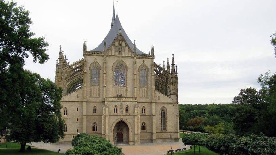 http3a2f2fcdn.cnn_.com2fcnnnext2fdam2fassets2f190604113931-st-barbaras-cathedral-kutna-hora-pixabay