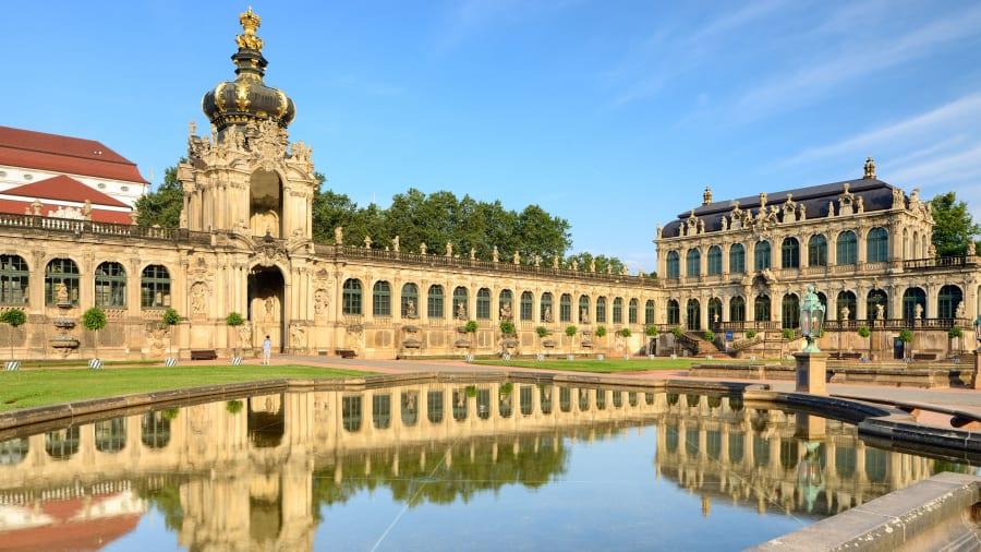 Zwinger-Palace-02