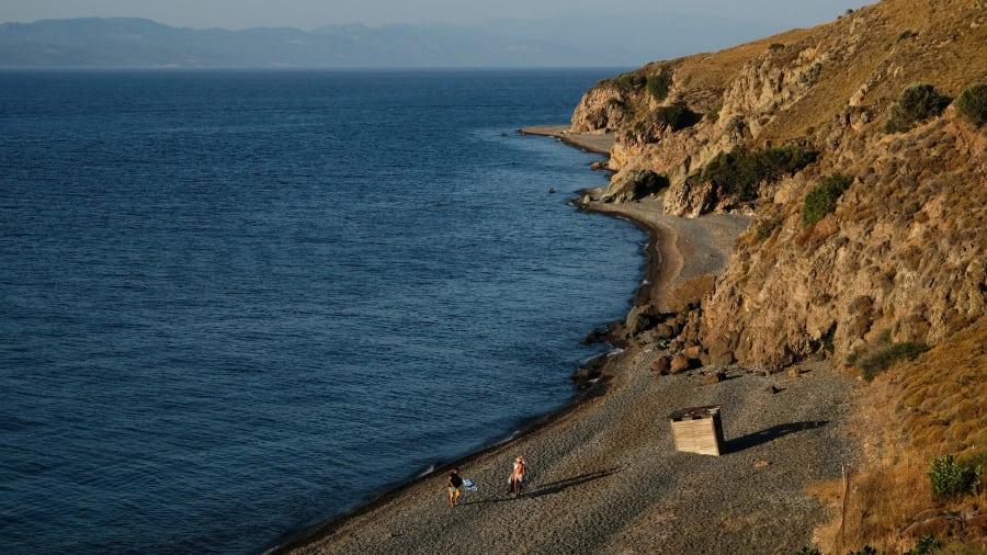 12 greek beaches