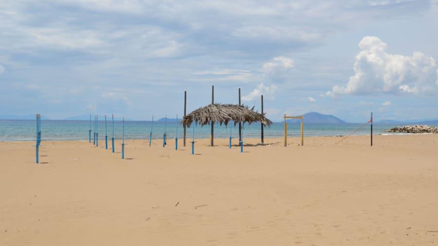 Secluded-Greek-Beaches---Kalogria-by-John-Malathronas-(2)