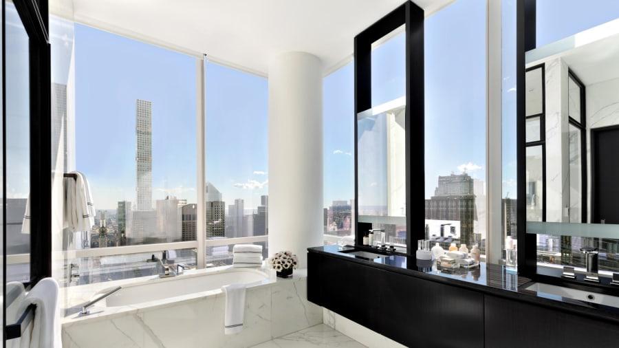 park hyatt sky suite master bathroom