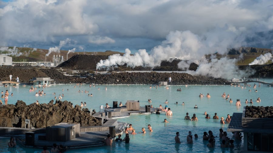 02 purpose built tourist attraction_Blue Lagoon RESTRICTED