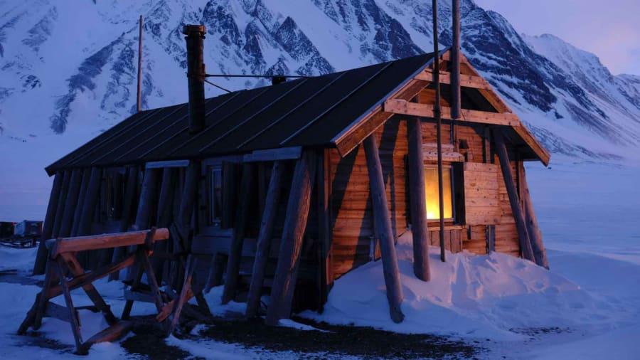 Hearts-in-the-Ice-project---Bamsebu-Hut-Detail