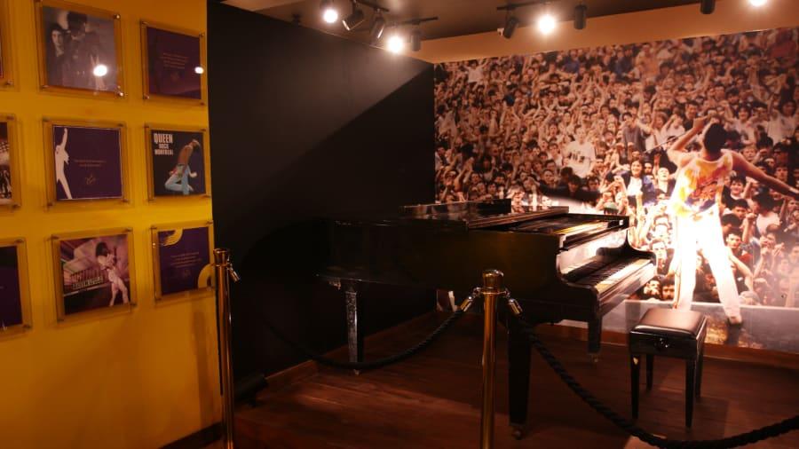zanzibar piano wide