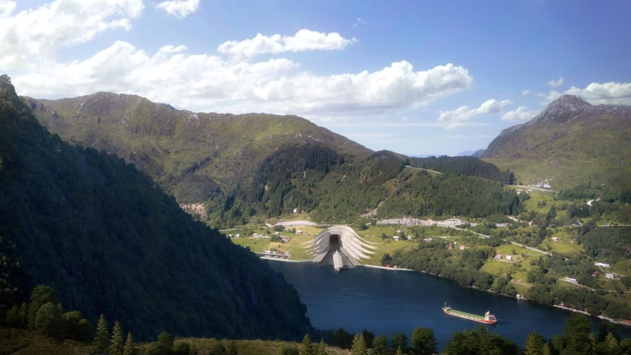 Norway-ship-tunnel (4)