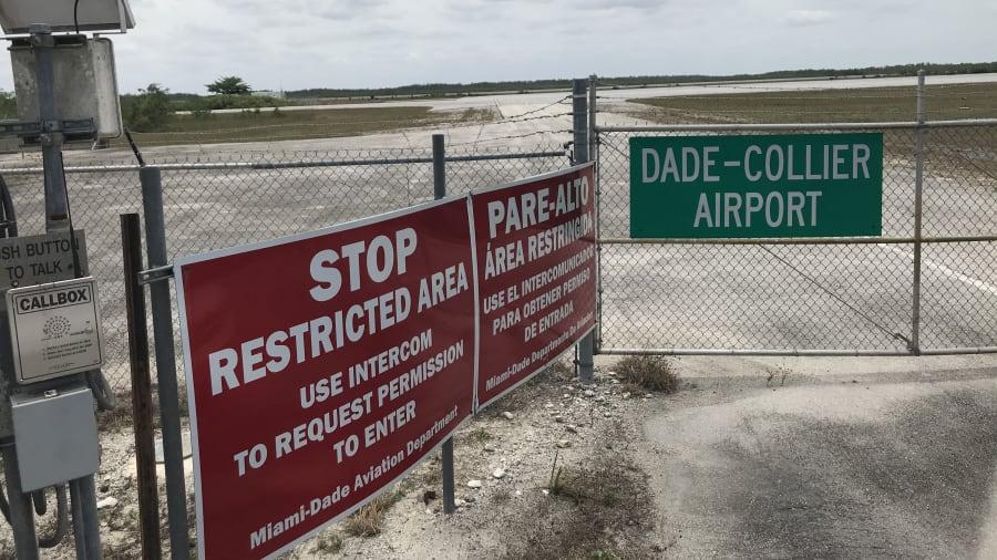 02 Everglades Jetport Florida RESTRICTED