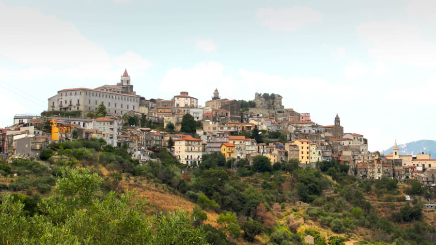 castiglioni dari Sisilia 4-1