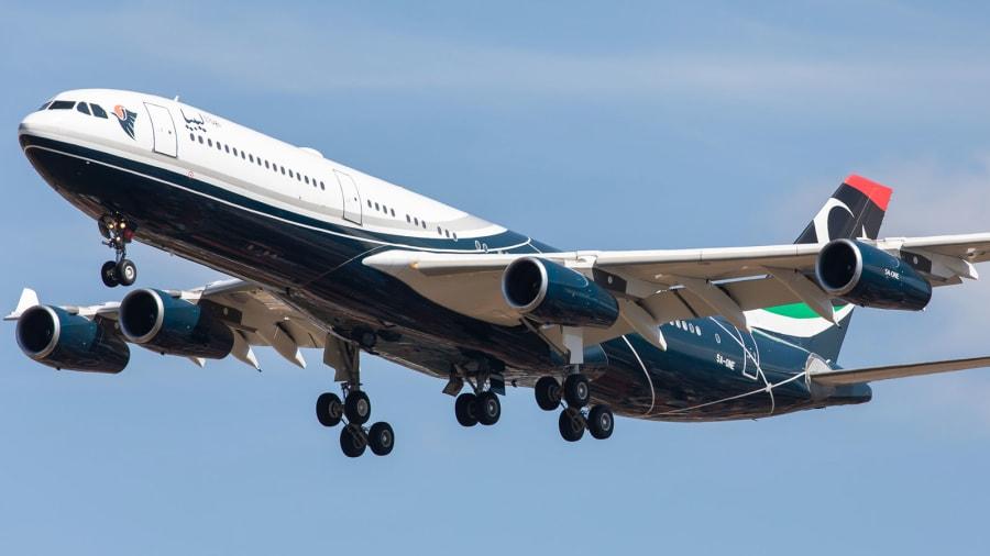 Самолетът на Муамар Кадафи се завърна в Либия 10 години по-късно