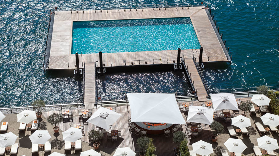kolam tremezzo hotel royal di danau