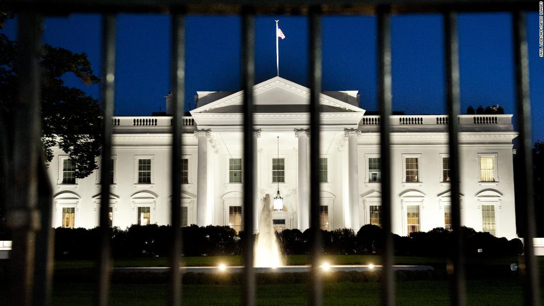 Secret Service tells press to leave White House grounds in highly unusual move