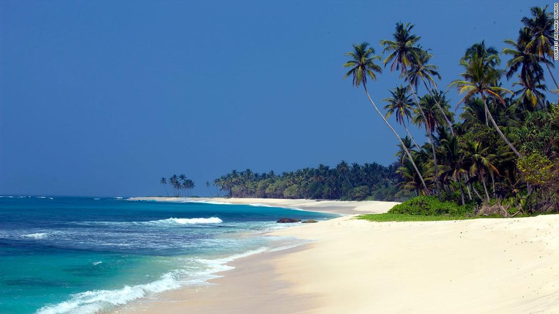 Sri Lanka reopens borders to international travelers