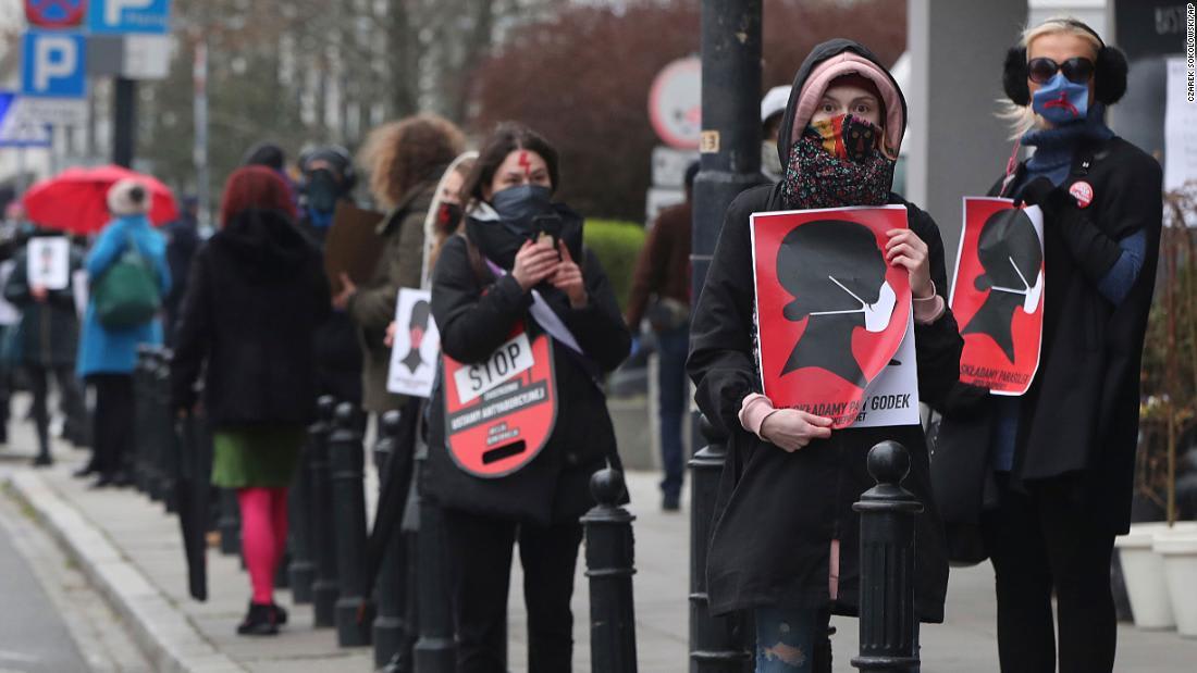 Poland debates abortion bill amid coronavirus lockdown