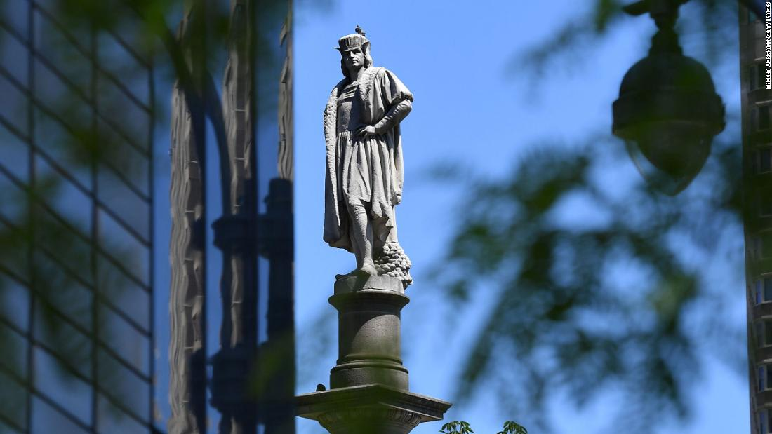 Cuomo, de Blasio don't want to see Christopher Columbus statue removed or NYC's Columbus Circle renamed