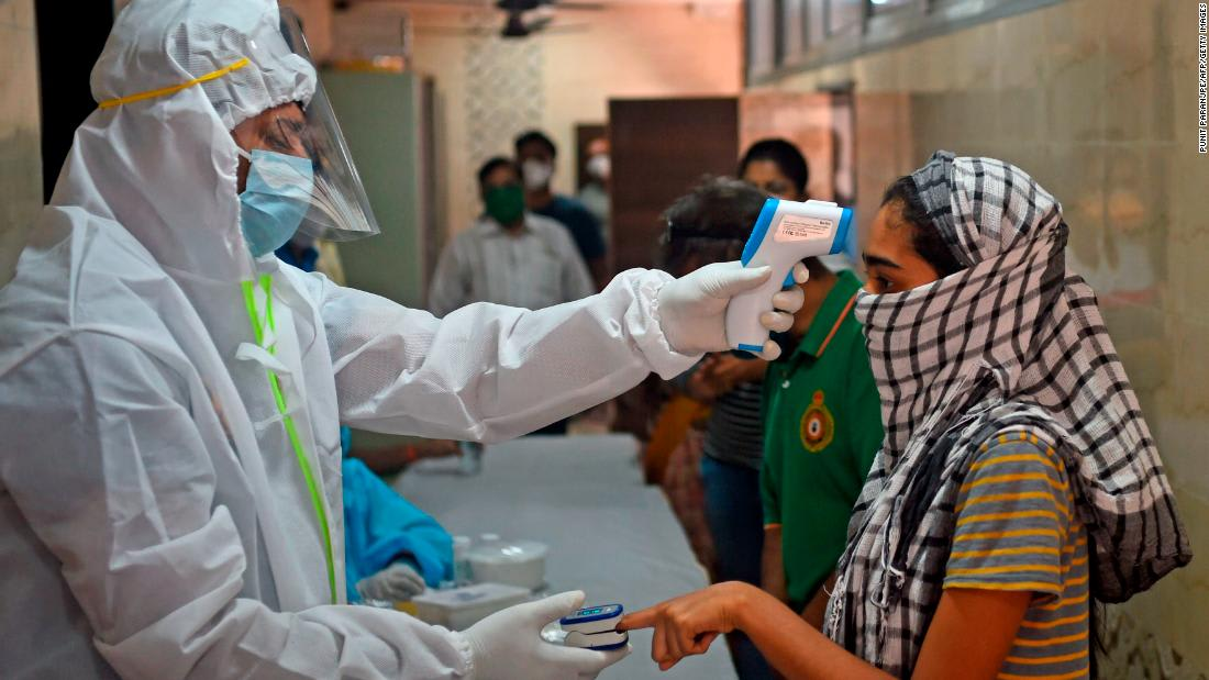 India records 100,000 coronavirus cases in last four days alone
